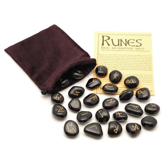 rune stenen zwarte jaspis